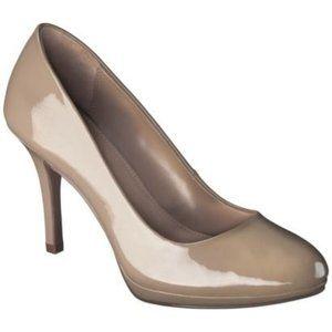 🎬✨Merona Maye Taupe Patent Leather Heel